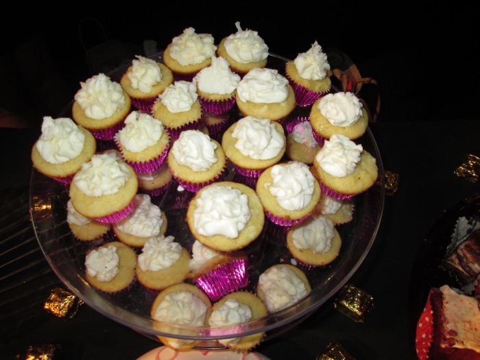White Coconut Cupcakes